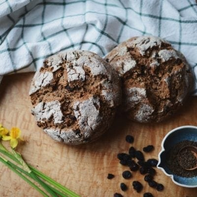 Traditions ~ Vegan Spelt Soda Bread + a new Video