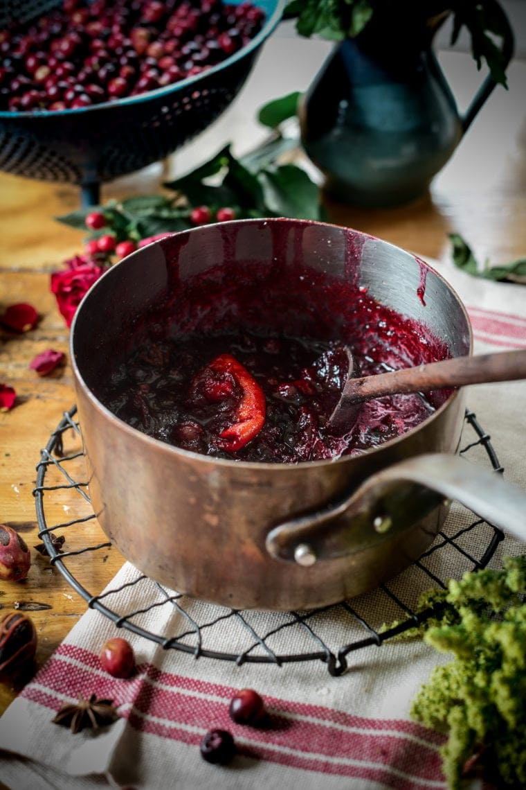 Fare Isle - Vegan Maple Sweetened Cranberry Sauce
