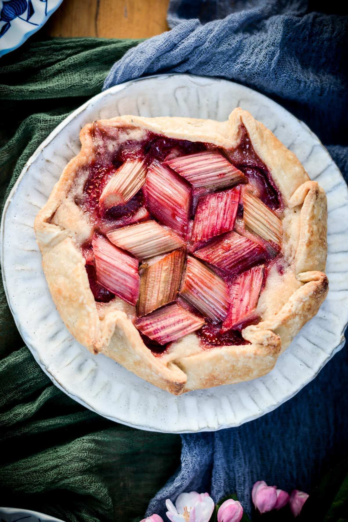 Fare Isle | Vegan Strawberry Rhubarb Frangipane Galettes