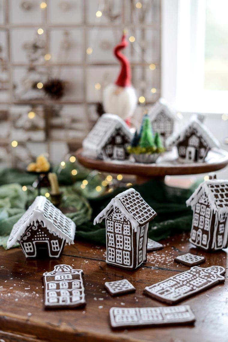 Fare Isle | Mini Gingerbread Houses