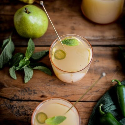 Sparkling Jalapeño Pear Punch